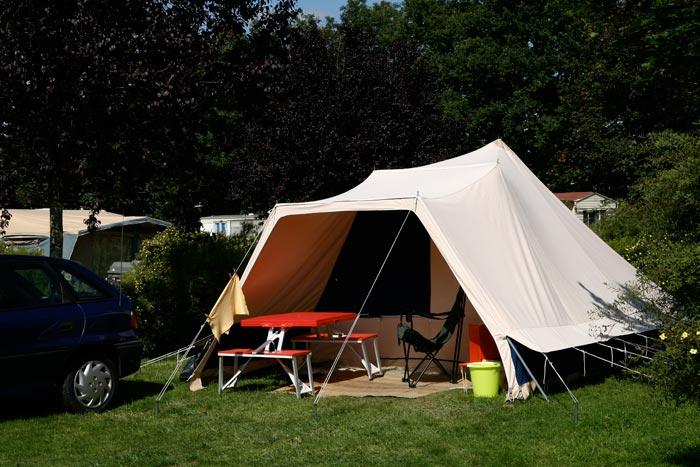 Une tente au Camping du Vièvre